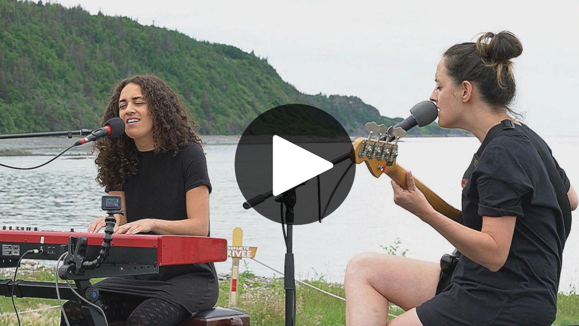 Nos festivals côté jardin: des nouvelles du Festival en chanson de Petite-Vallée